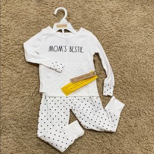 "🎉HP🎉 Rae Dunn ""Moms Bestie"" girls pajamas"